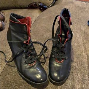 Coach boots NWOT black with red trim